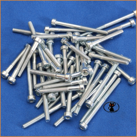 Screws M4x40 cylindrical head half thread galvanized