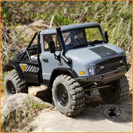 Unimog UMG10 4x4 in Mounting Kit with Axial SCX10II Frame - AXI90075
